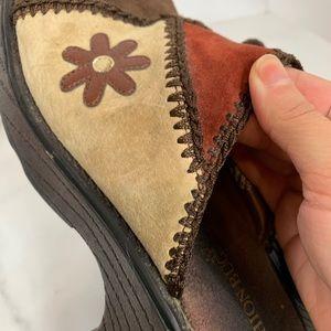 Vintage Shoes - Vintage 90s Fashion Bug Leather Patchwork Clogs